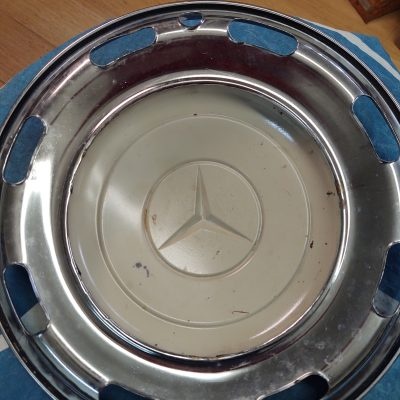 Mercedes W186 16 inch Wheel Cover 1864010025 Used
