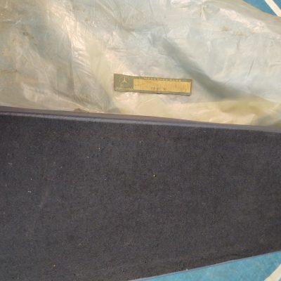 Mercedes W108,109,111 Center Console Cushion NOS