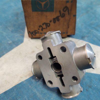 Mercedes M100 Transmission Fluid Distributor 1002700069 NOS