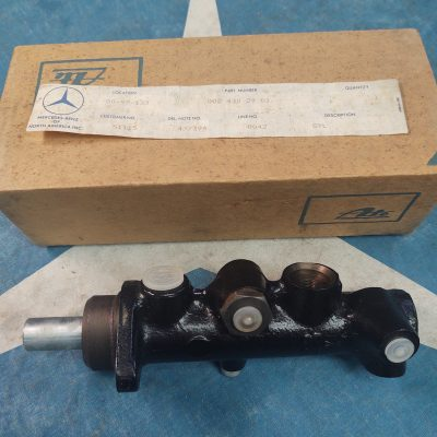 Mercedes W110 ATE Brake Master Cylinder 0024302901 NOS NLA