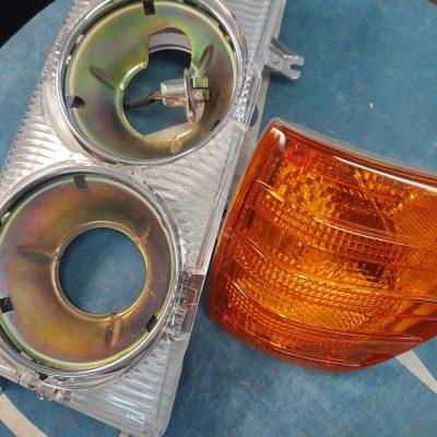 Mercedes W116 Bosch Headlight Complete Assembly 1168200761 Left  NOS