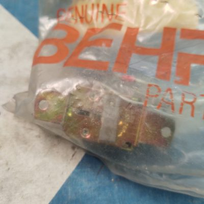 Mercedes 0028210351 Behr 7090504609 AC Temp Sensor NOS NLA sealed bag