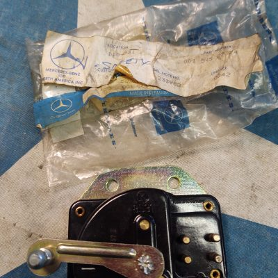 Mercedes W113 LK 8531 Neutral Safety Back Up Light Switch 0015458724 NOS