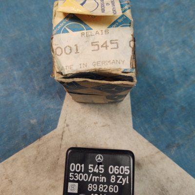 Mercedes SK Fuel Pump Relay 0015450605 NOS Genuine