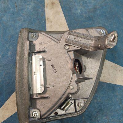 Mercedes W116 Bosch 1305233006 Turn Signal Side Lamp Right NOS