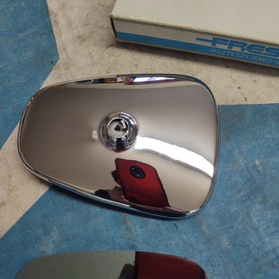 Mercedes W108,W111 Frese Outside Rearview Mirror Chrome Housing + Glass Assembly NOS