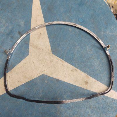 Mercedes W110,W111,W112,W113 Early Chrome Horn Ring 1804600024 NOS
