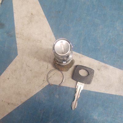 Mercedes Door Cylinder Lock + Huf Key Used W108,W109,W111,W114