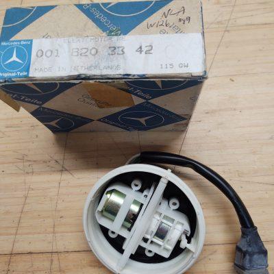 Mercedes W126 Electric Mirror Motor 0018203342 NOS NLA