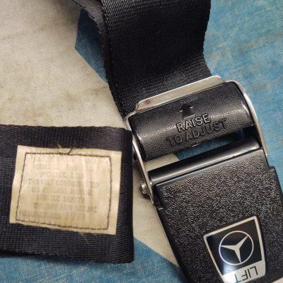 Mercedes W109,W111 3.5 Kangol Front 3 Point Seat Belt 1158600085 NOS NLA